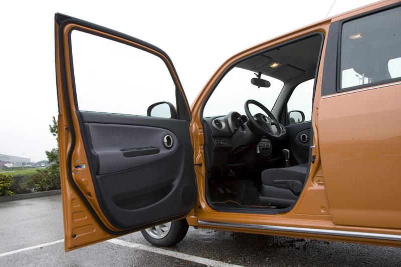 Daihatsu Trevis 2006 - 2011 Hatchback 5 door #2