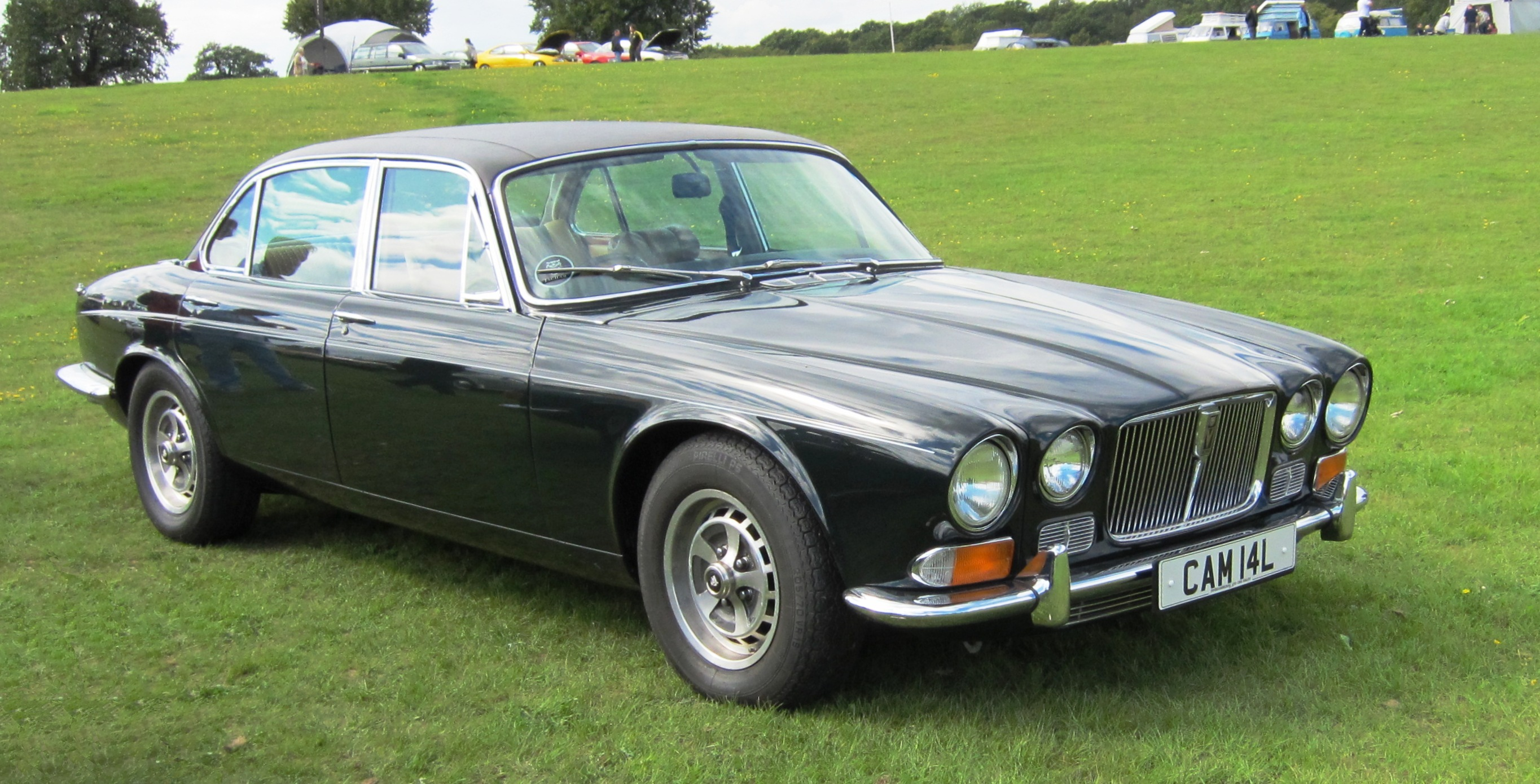 Jaguar XJ I (Series 2) 1973 - 1979 Sedan #3