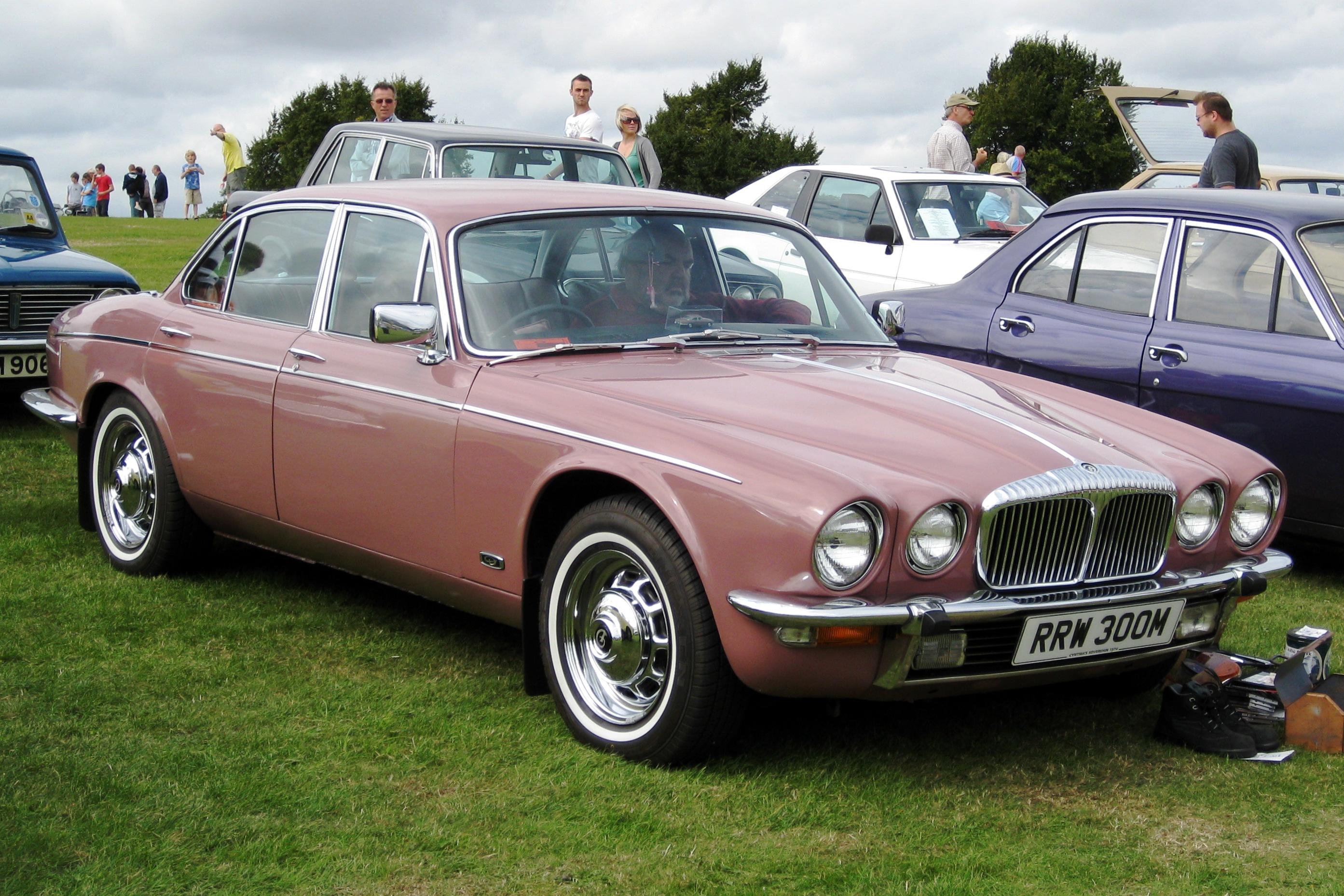 Daimler Sovereign Xj6 1969 1986 Sedan Outstanding Cars Jaguar Wiring Diagram 5