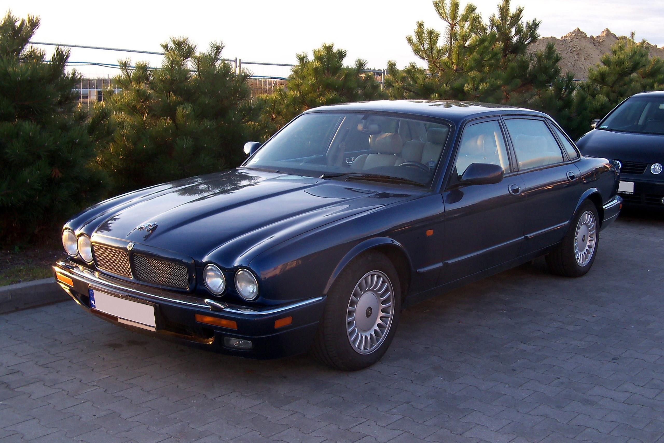 Daimler X300 1993 - 1997 Sedan #1