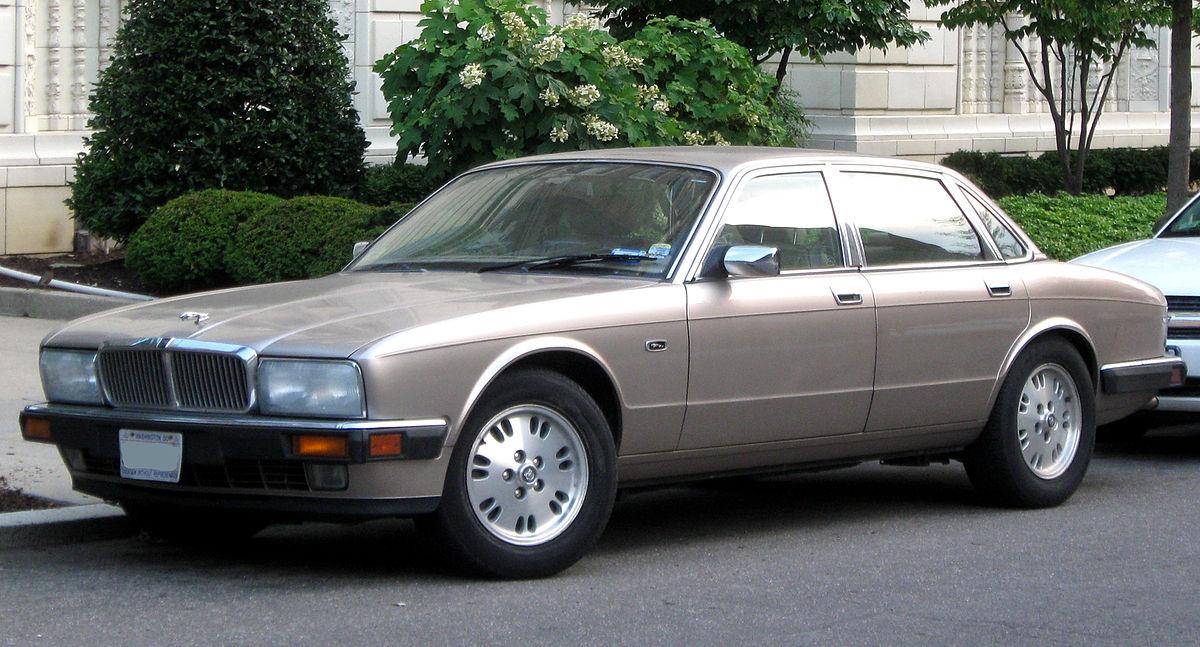 Jaguar XJ II (XJ40) 1986 - 1994 Sedan #8
