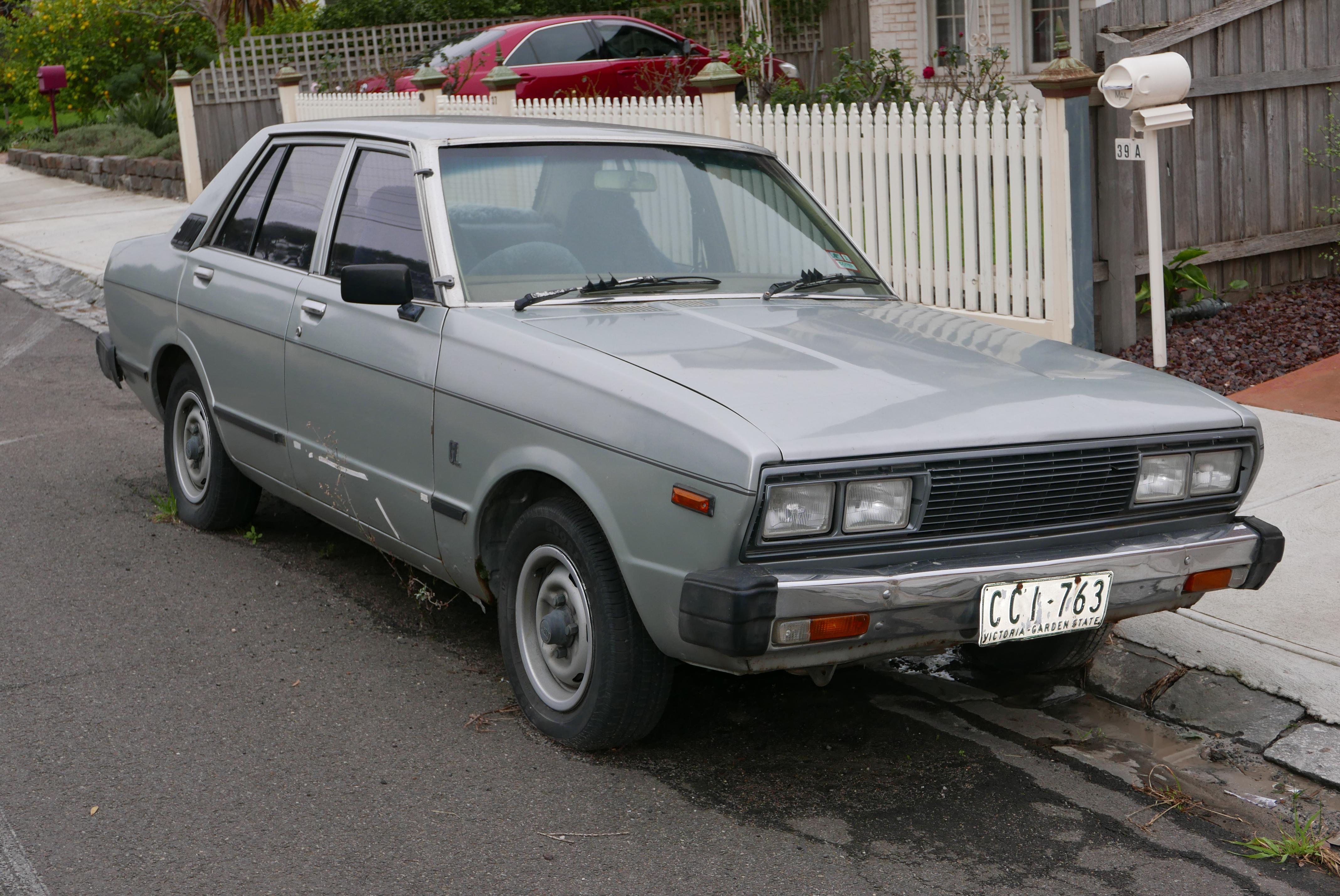 Datsun Stanza 1977 - 1981 Sedan #4
