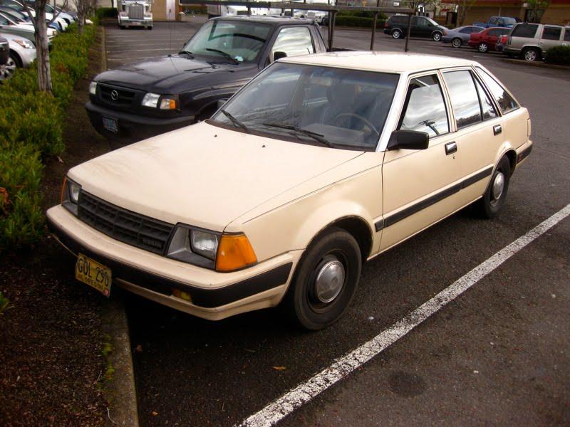 Nissan Stanza I (T11) 1981 - 1985 Hatchback 3 door #4