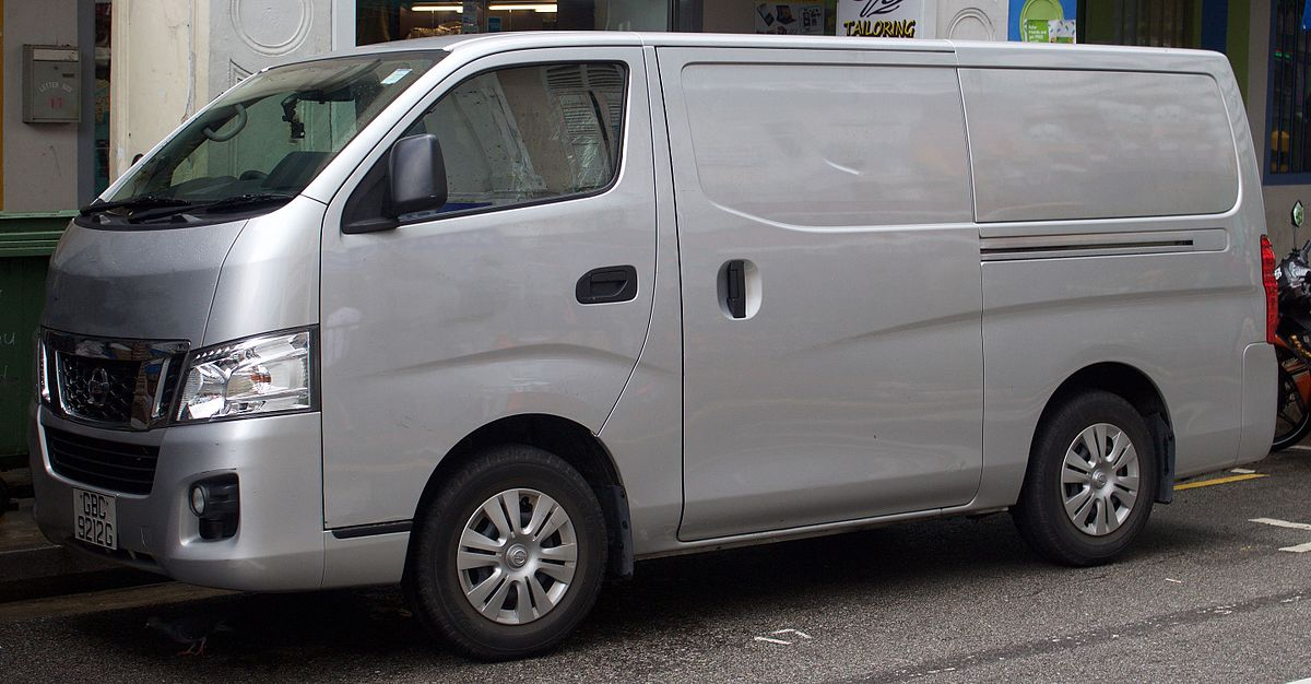 Nissan NV350 Caravan 2012 - now Minivan #8