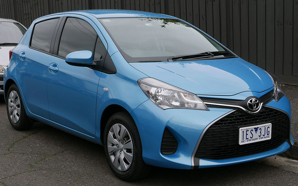 Toyota Yaris III Restyling 2014 - now Hatchback 3 door #8