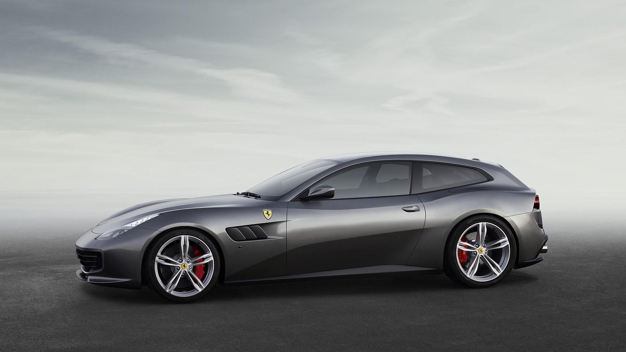 Ferrari GTC4Lusso 2016   Now Hatchback 3 Door #6