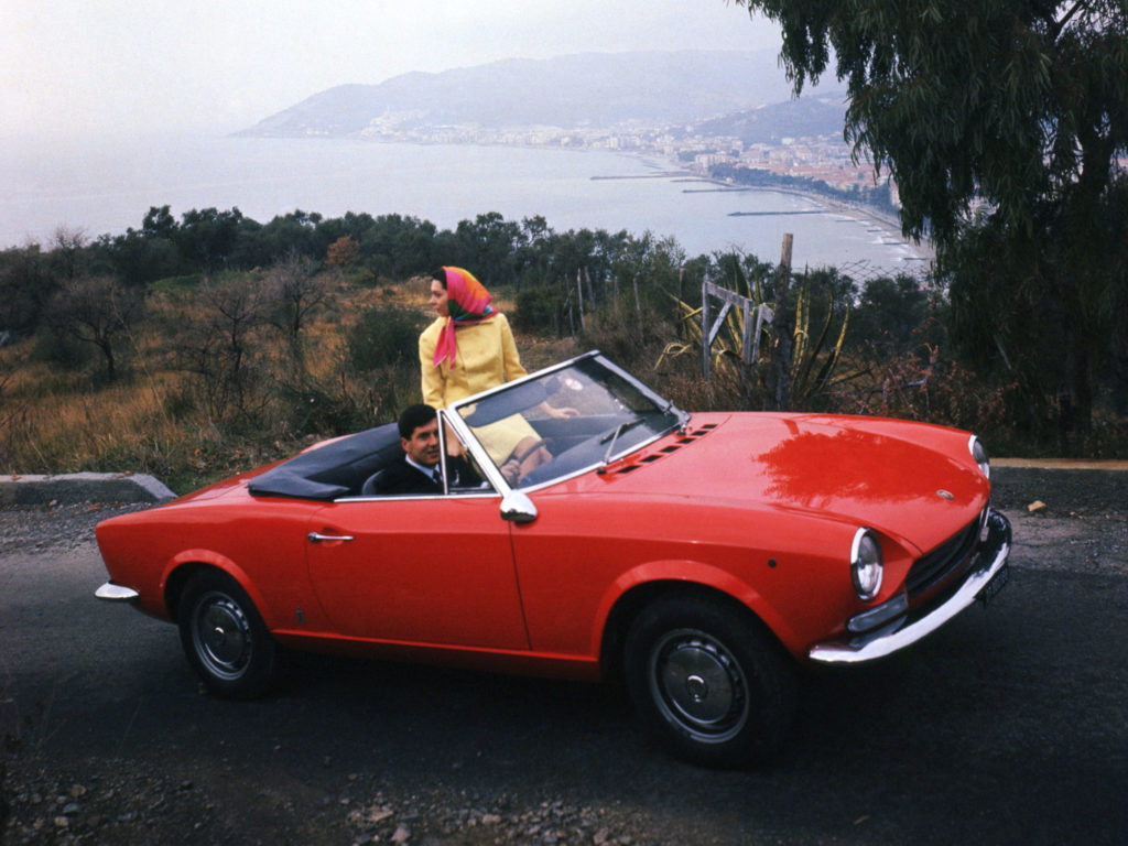 Fiat 124 I 1966 1976 Sedan Outstanding Cars 1970 Spider Convertible 2