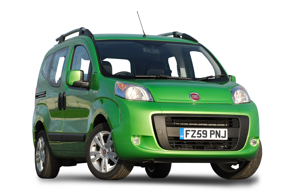 Fiat Qubo I Restyling 2016 - now Compact MPV #1