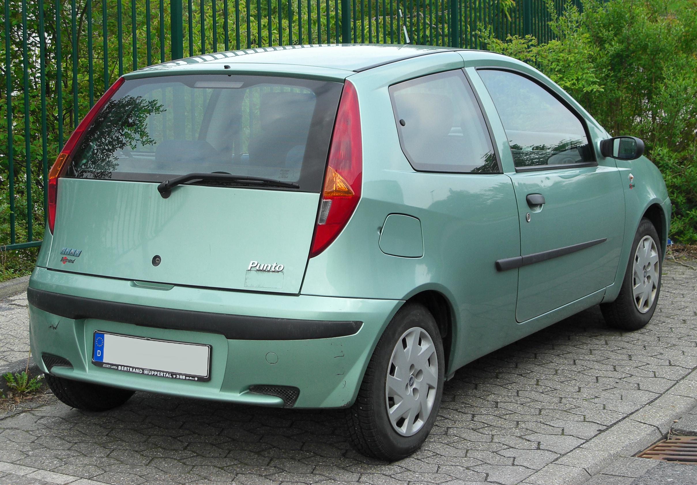 Fiat Punto II 1999 - 2003 Hatchback 3 door #2