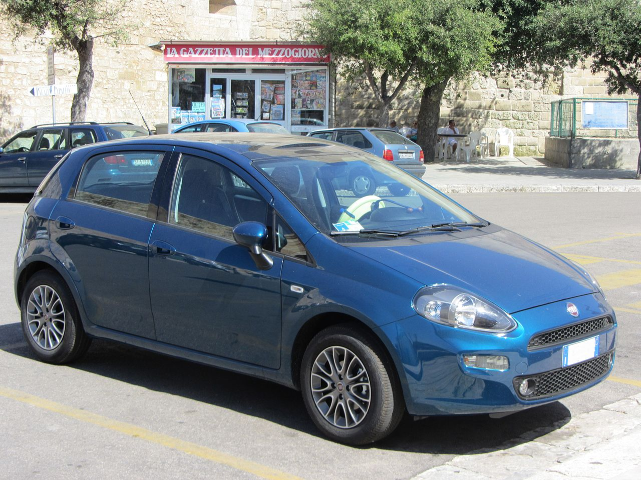 Fiat Punto II Restyling 2003 - 2007 Hatchback 5 door #2