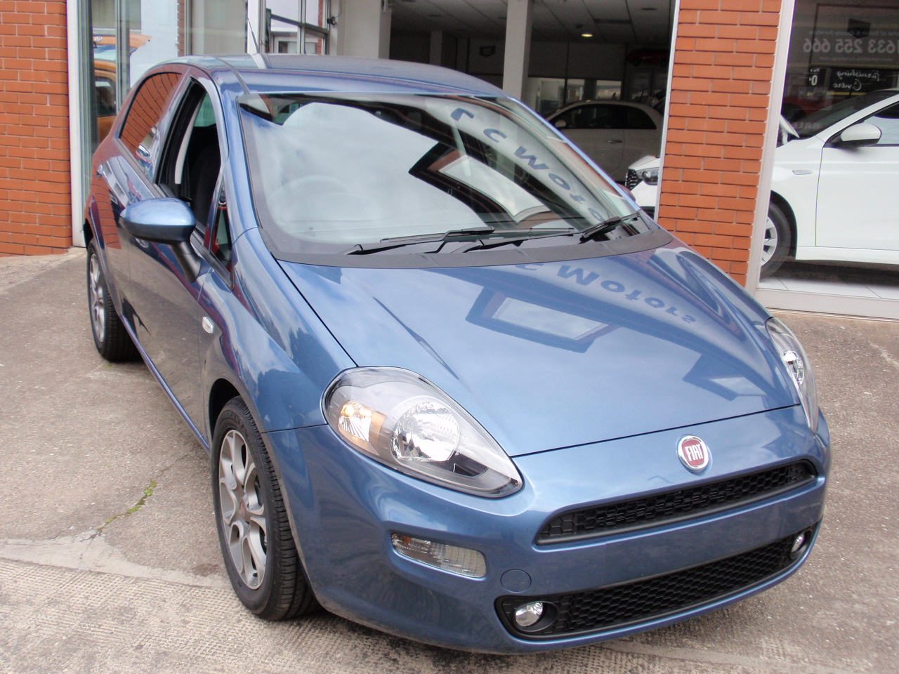 Fiat Punto II Restyling 2003 - 2007 Hatchback 5 door #1