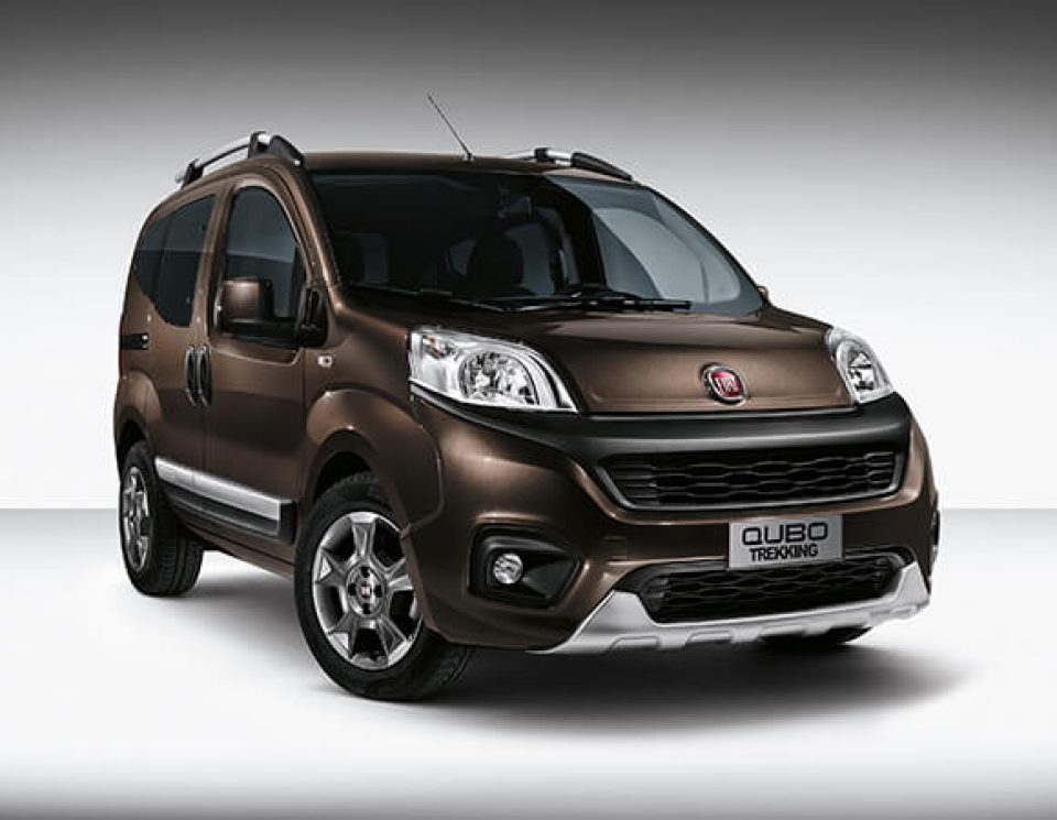 Fiat Qubo I Restyling 2016 - now Compact MPV #2