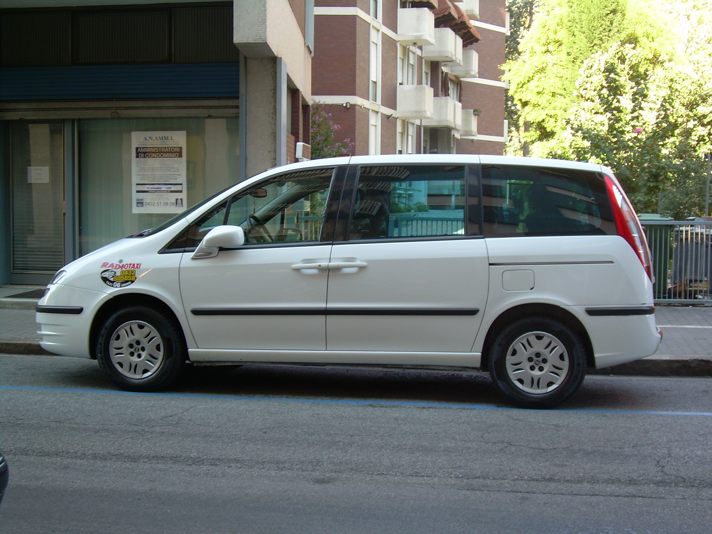 Fiat Ulysse II 2002 - 2010 Compact MPV #4