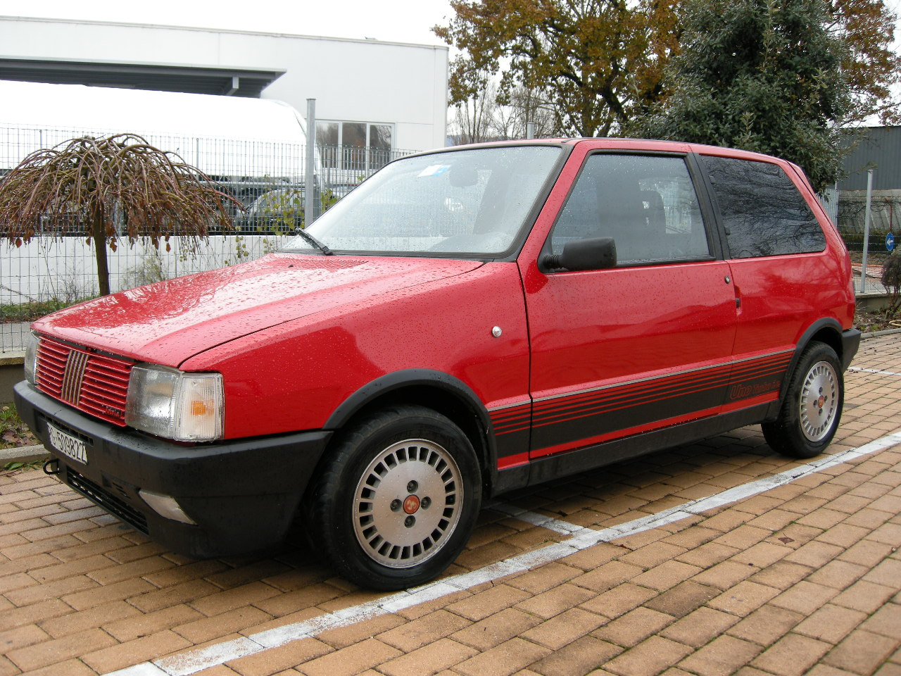 Fiat Uno I Restyling 1989 - 2002 Hatchback 3 door #1