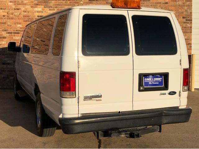 Ford Econoline 1992 - 2013 Minivan #1
