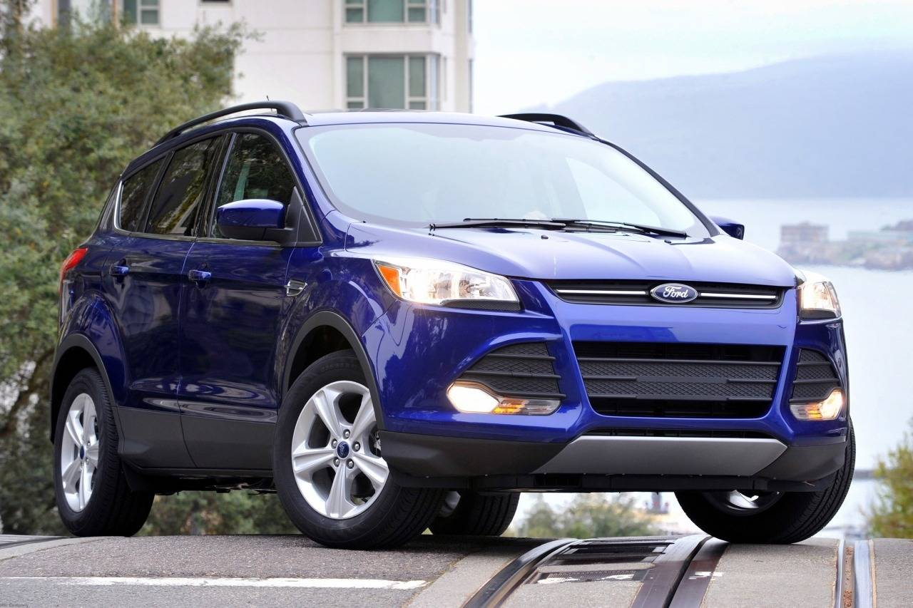ford escape iii restyling   suv  door outstanding cars