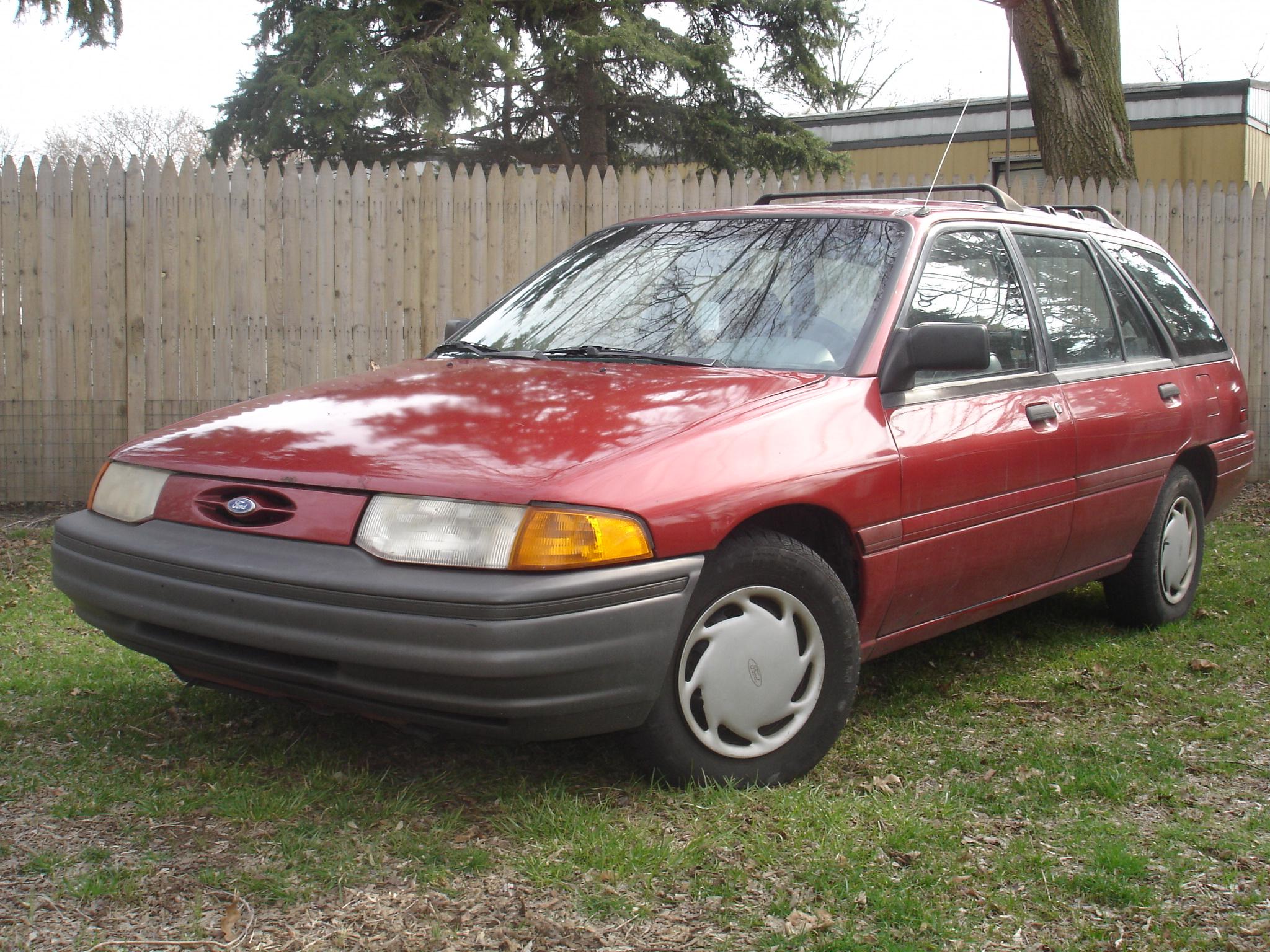 Ford Escort (North America) II 1990 - 1996 Hatchback 3 door #4