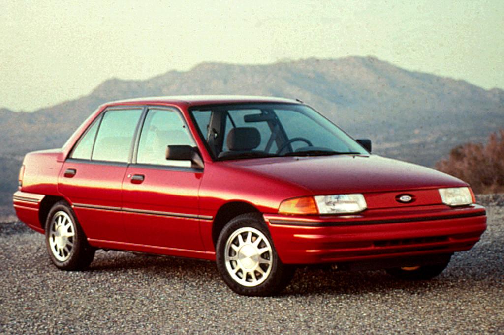 Ford Sierra I Restyling 1987 - 1993 Hatchback 3 door #2