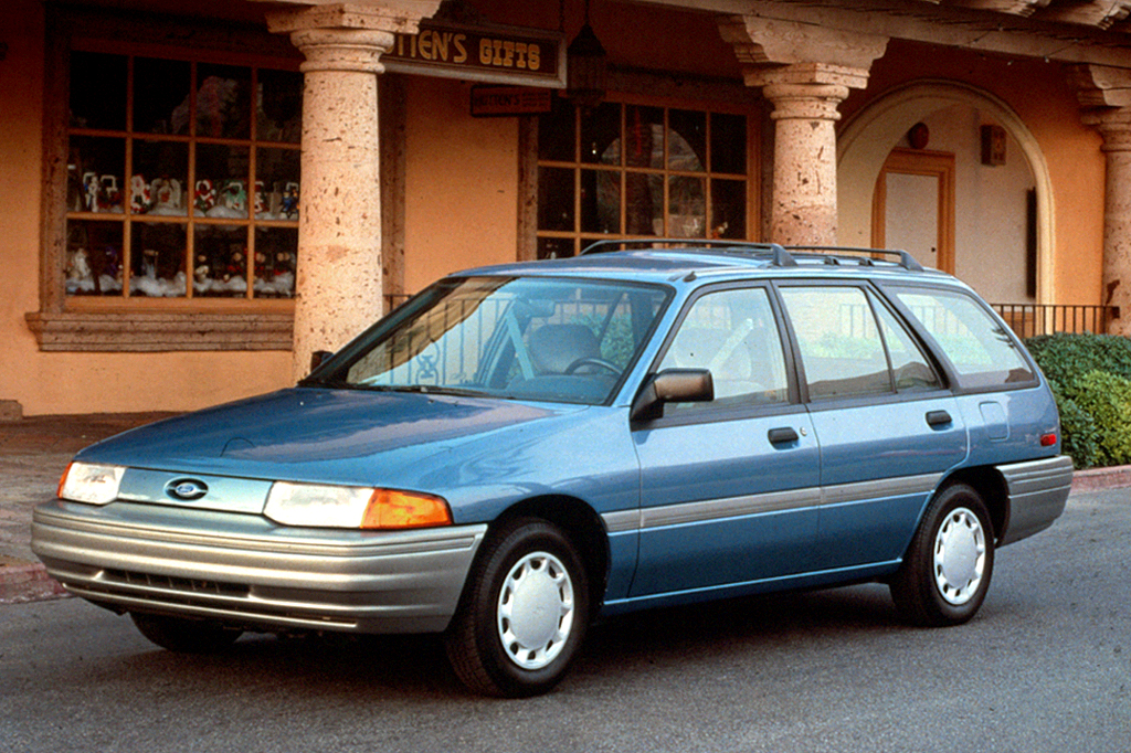 Ford Sierra I Restyling 1987 - 1993 Hatchback 3 door #1