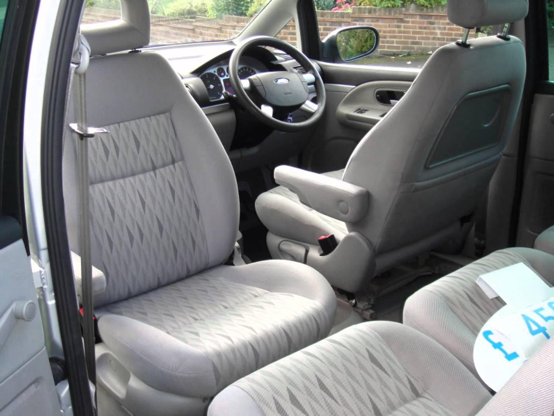 Ford Galaxy I Restyling 2000 - 2006 Minivan #7