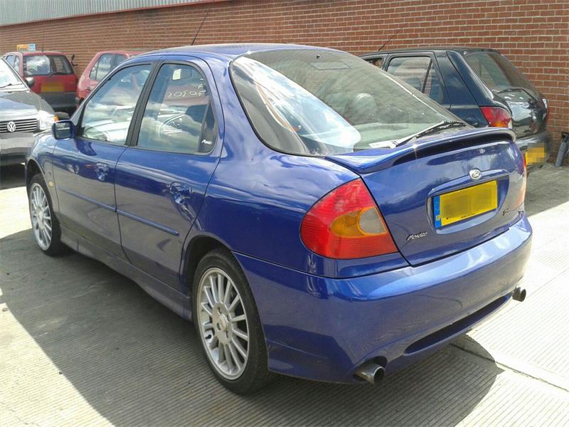 Ford Mondeo ST II 1999 - 2000 Hatchback 5 door #4