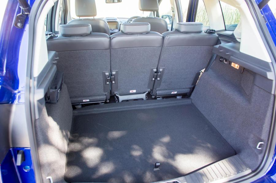 Ford S Max I Restyling 2010 2015 Minivan Outstanding Cars