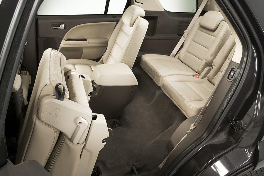Ford Taurus X 2007 - 2009 SUV 5 door #7