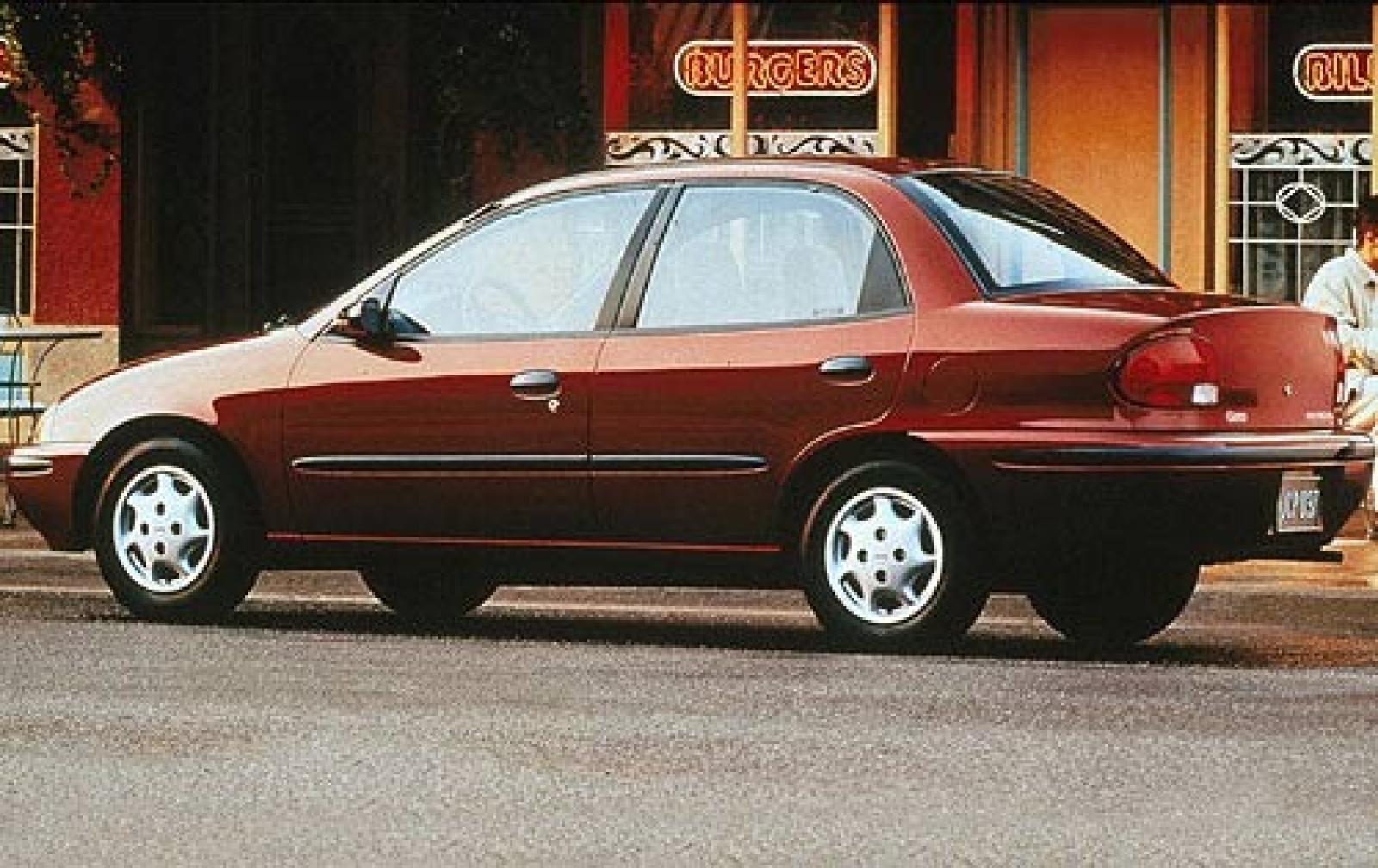 Geo Prizm III 1997 - 2002 Sedan #2