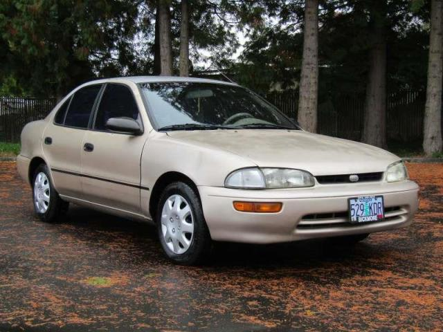 Geo Prizm III 1997 - 2002 Sedan #4