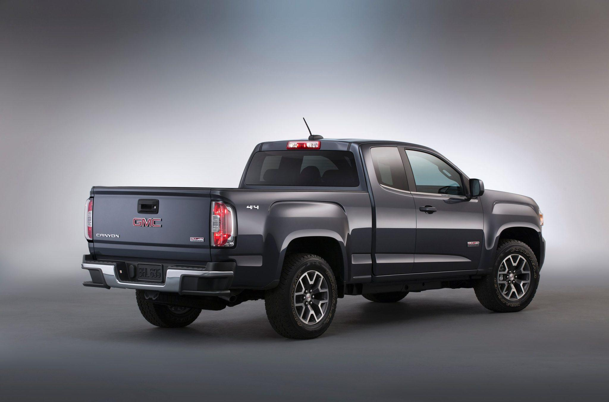 GMC Canyon II 2014 - now Pickup #3