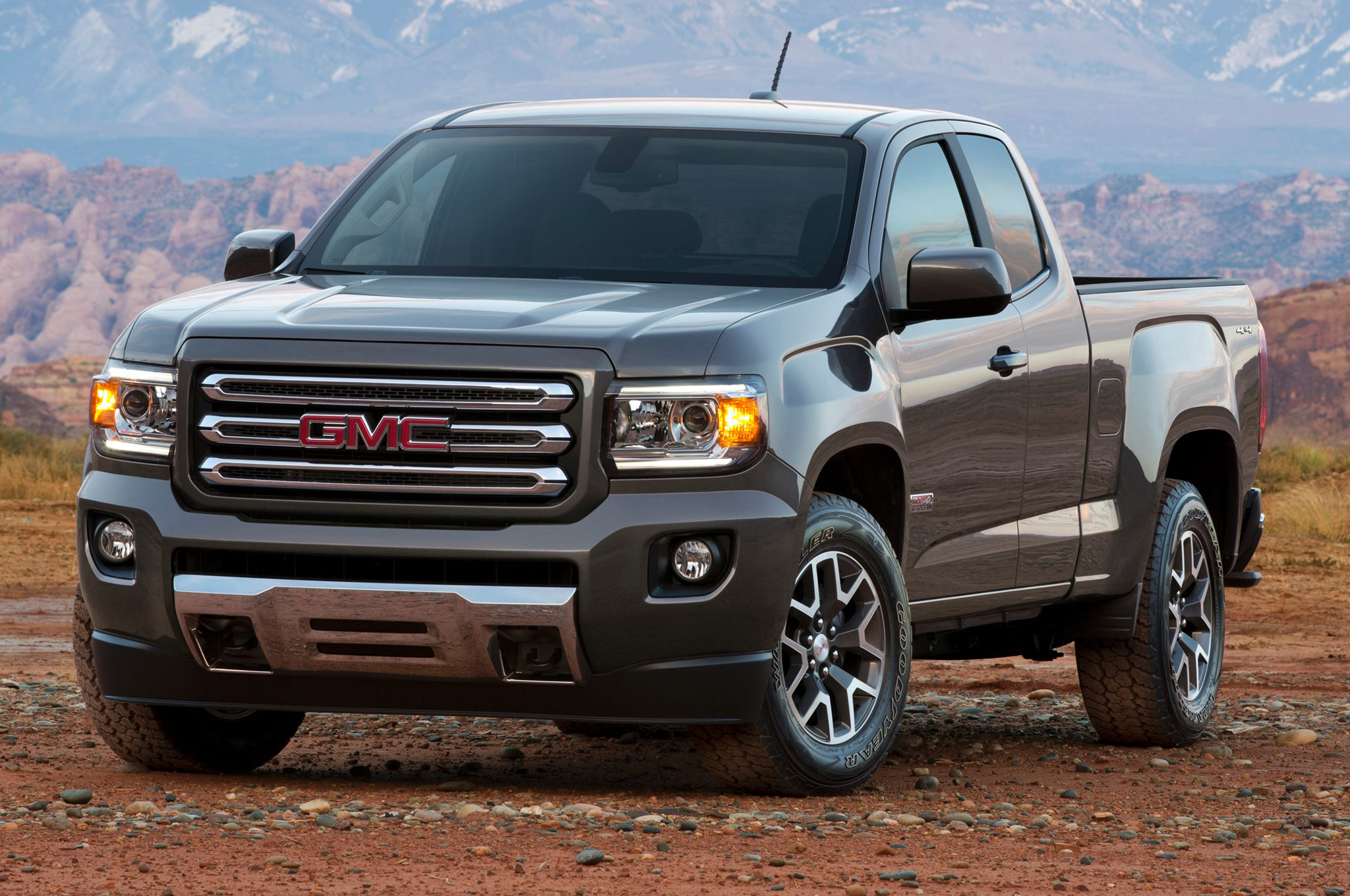 GMC Canyon II 2014 - now Pickup #1