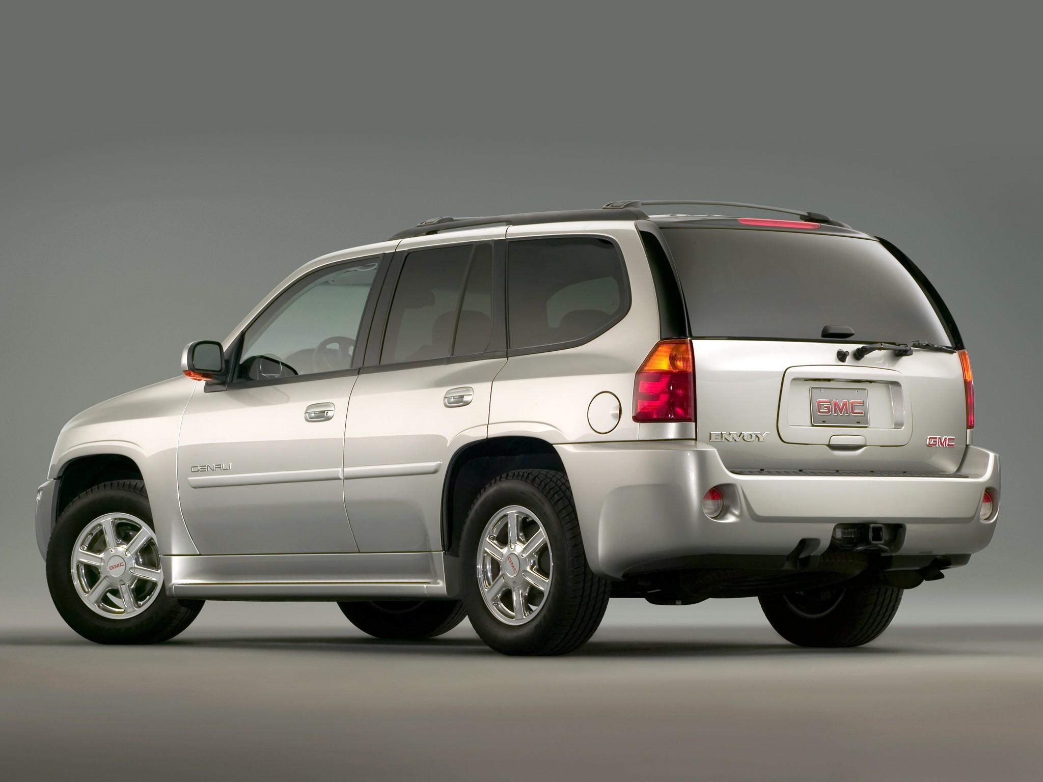GMC Envoy II(GMT360) 2001 - 2009 SUV 5 door #5