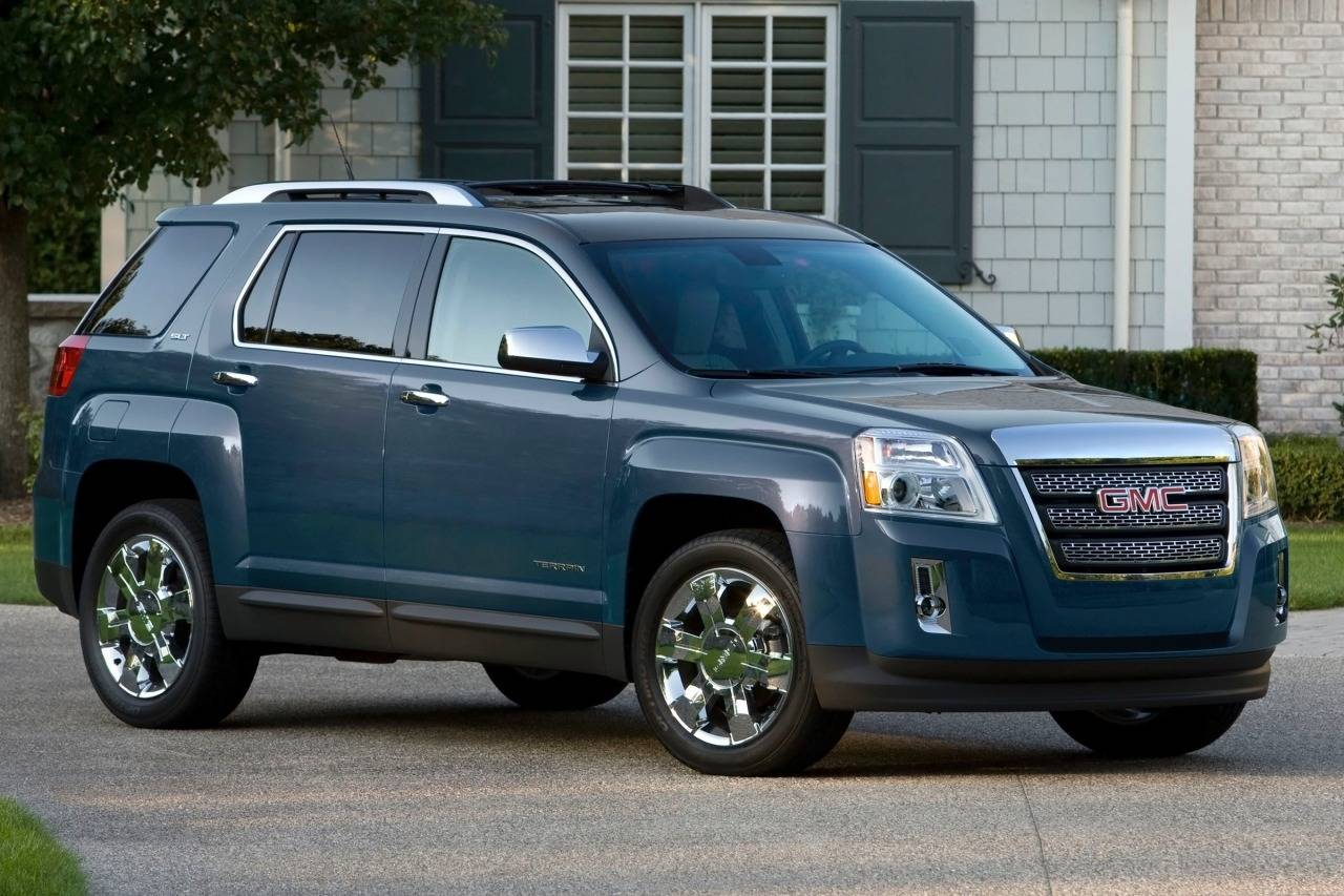 spy gmc news acadia com suv photos testing cycle models auto refresh autoguide its mid spied