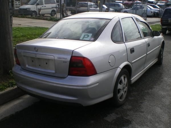 Holden Vectra 1998 - 2001 Hatchback 5 door #2