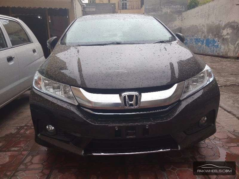 Honda Grace I 2014 - now Sedan #1