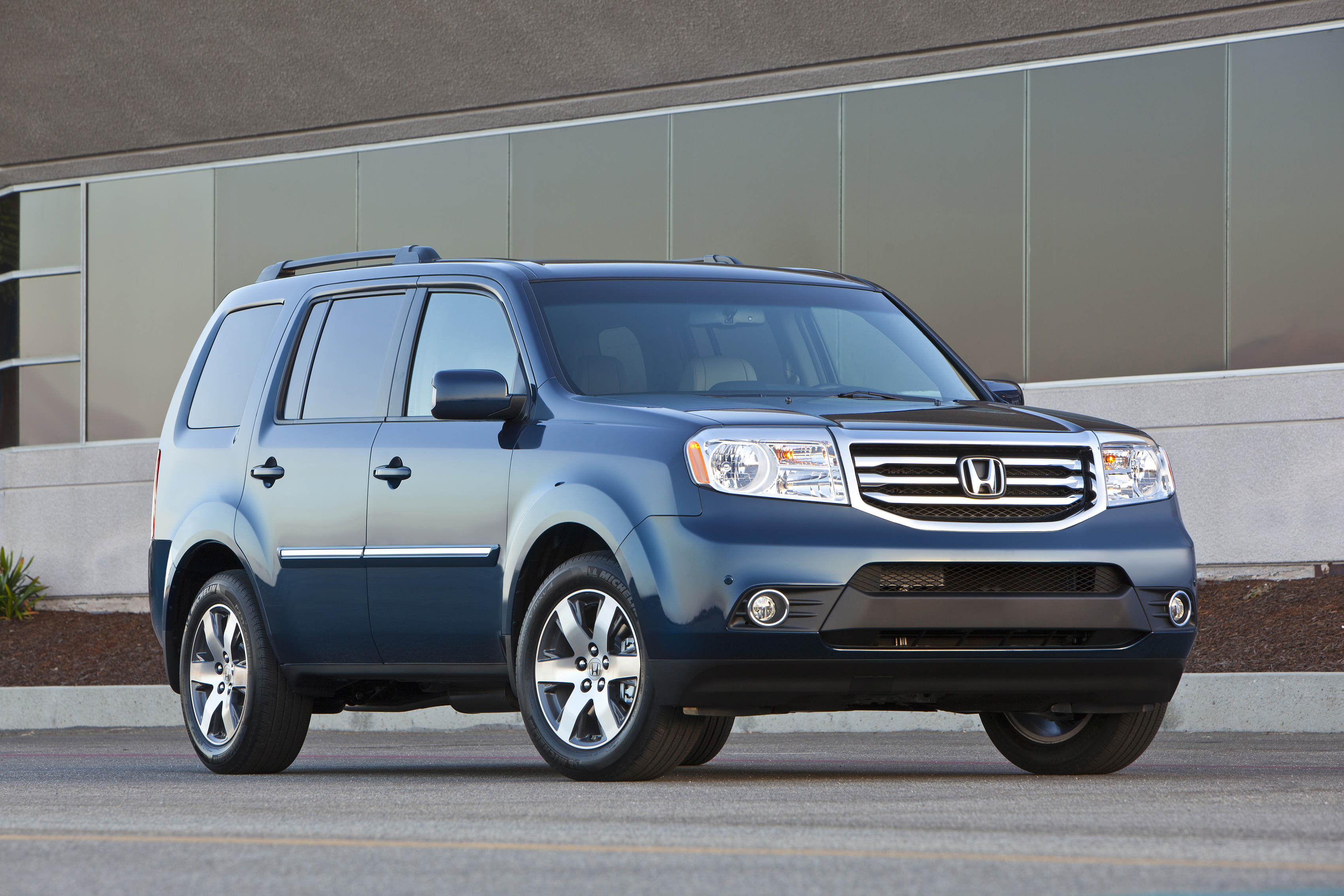 Honda Pilot III 2015 - now SUV 5 door #4