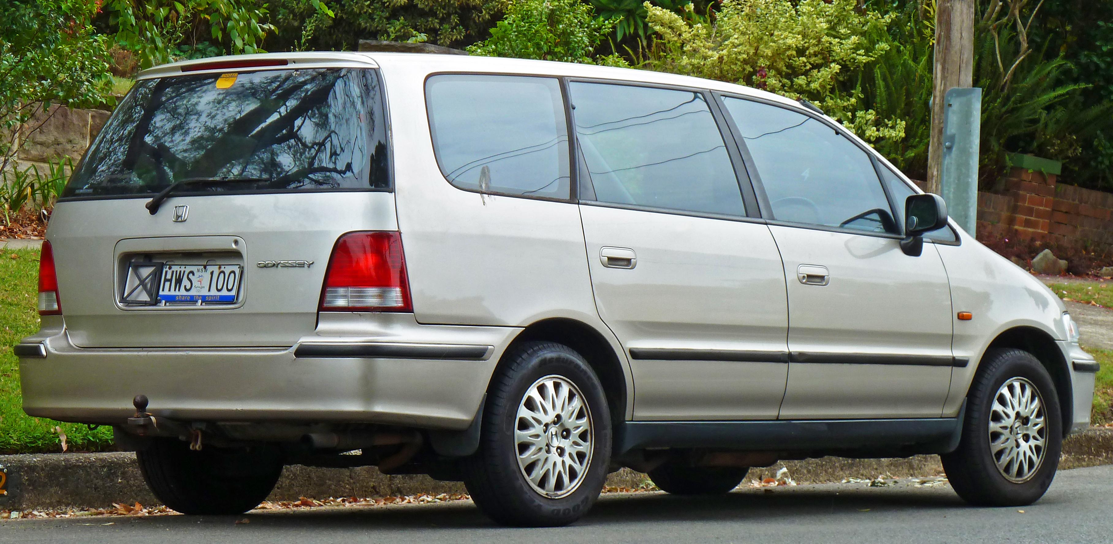 Honda Shuttle I 1994 - 2000 Compact MPV #4