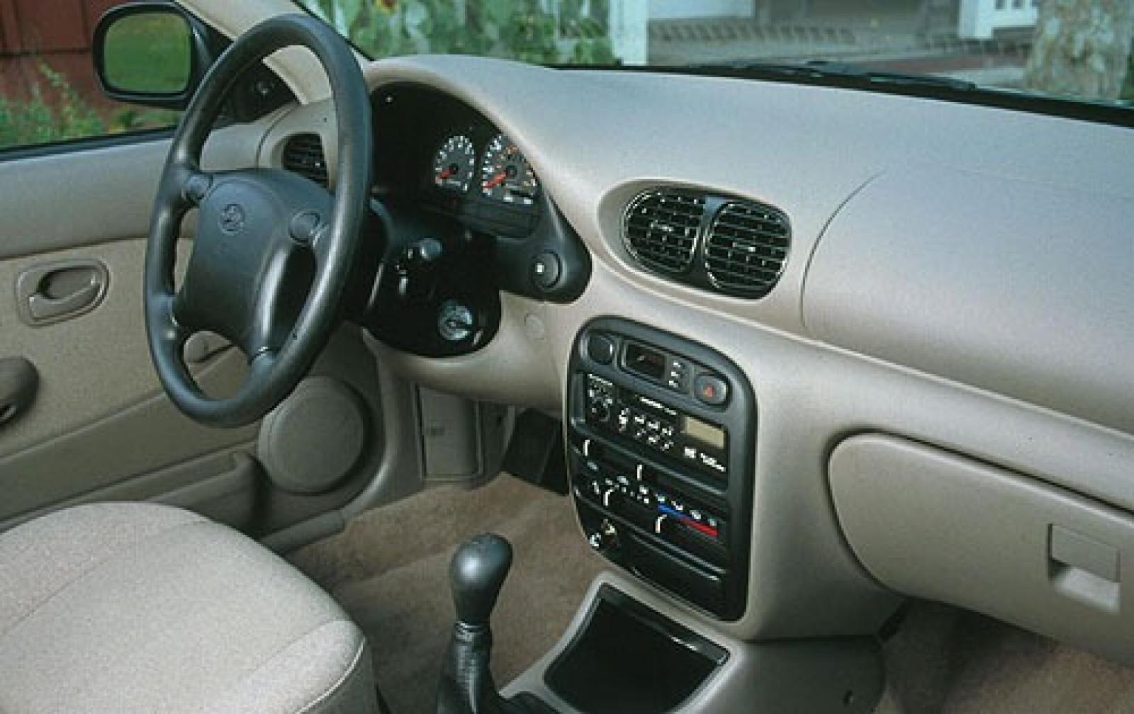 Hyundai Accent I 1994 - 1999 Sedan #4