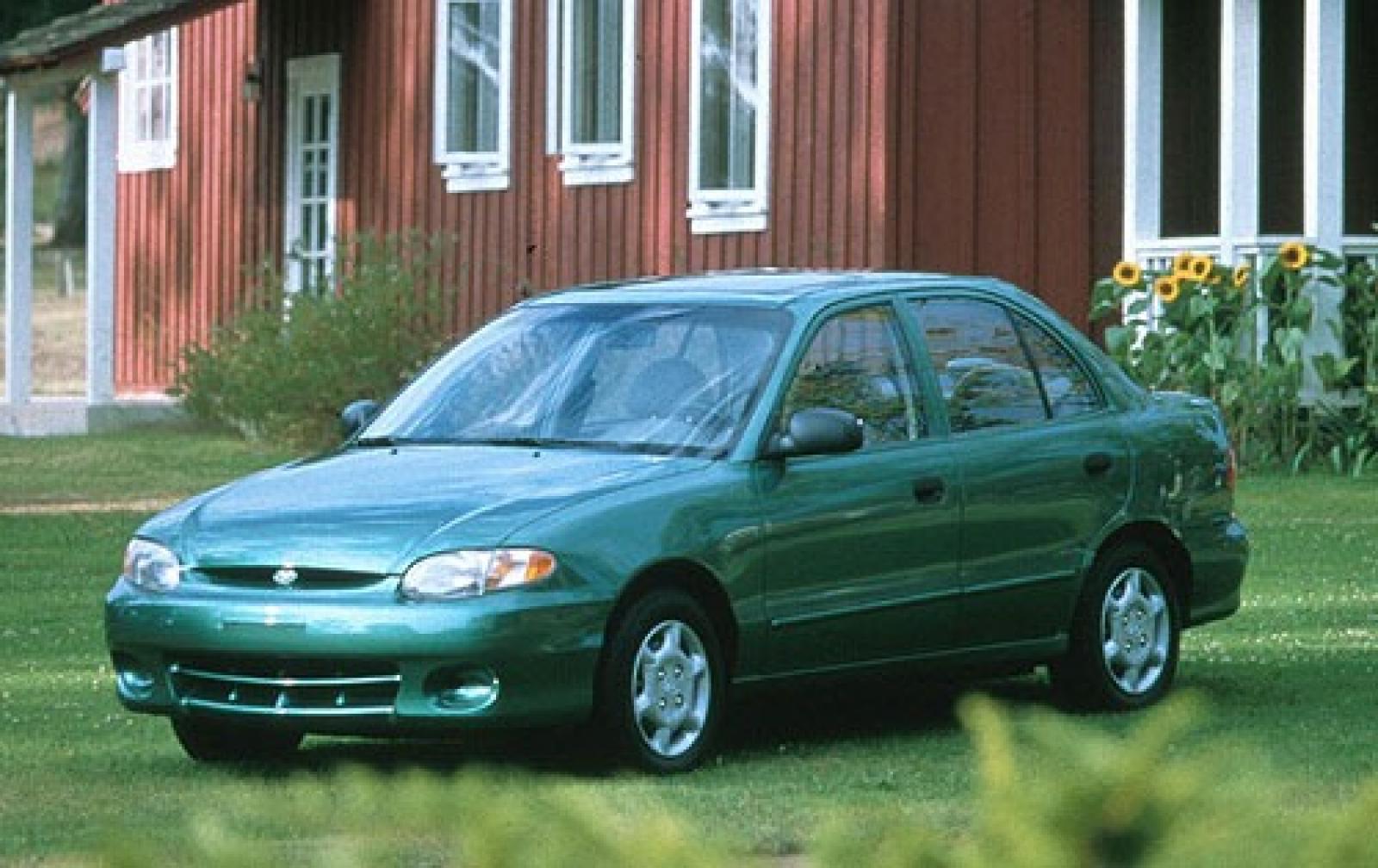 Hyundai Accent II 1999 - 2003 Sedan #1