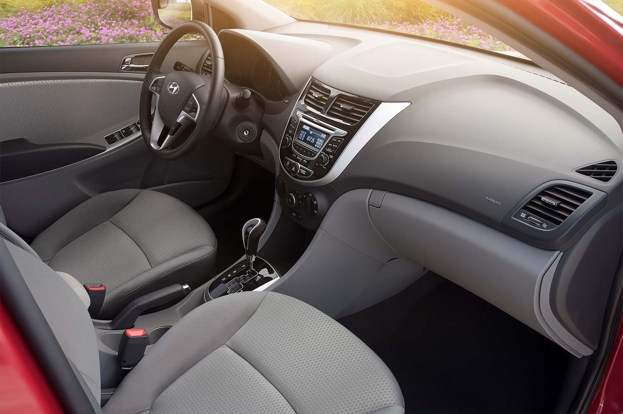 Hyundai Accent IV 2010 - now Hatchback 5 door #4