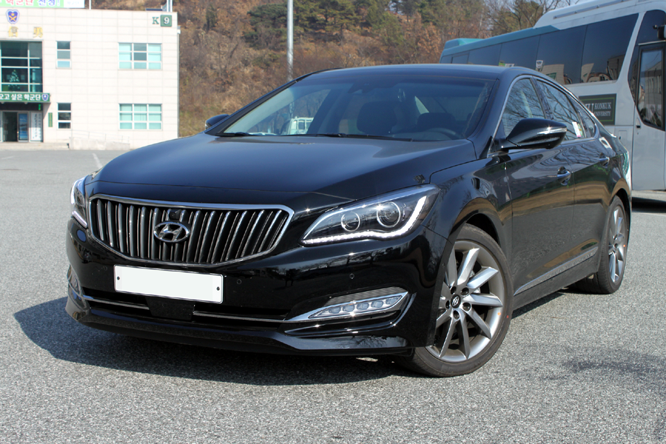 Hyundai Aslan 2014 - now Sedan #7