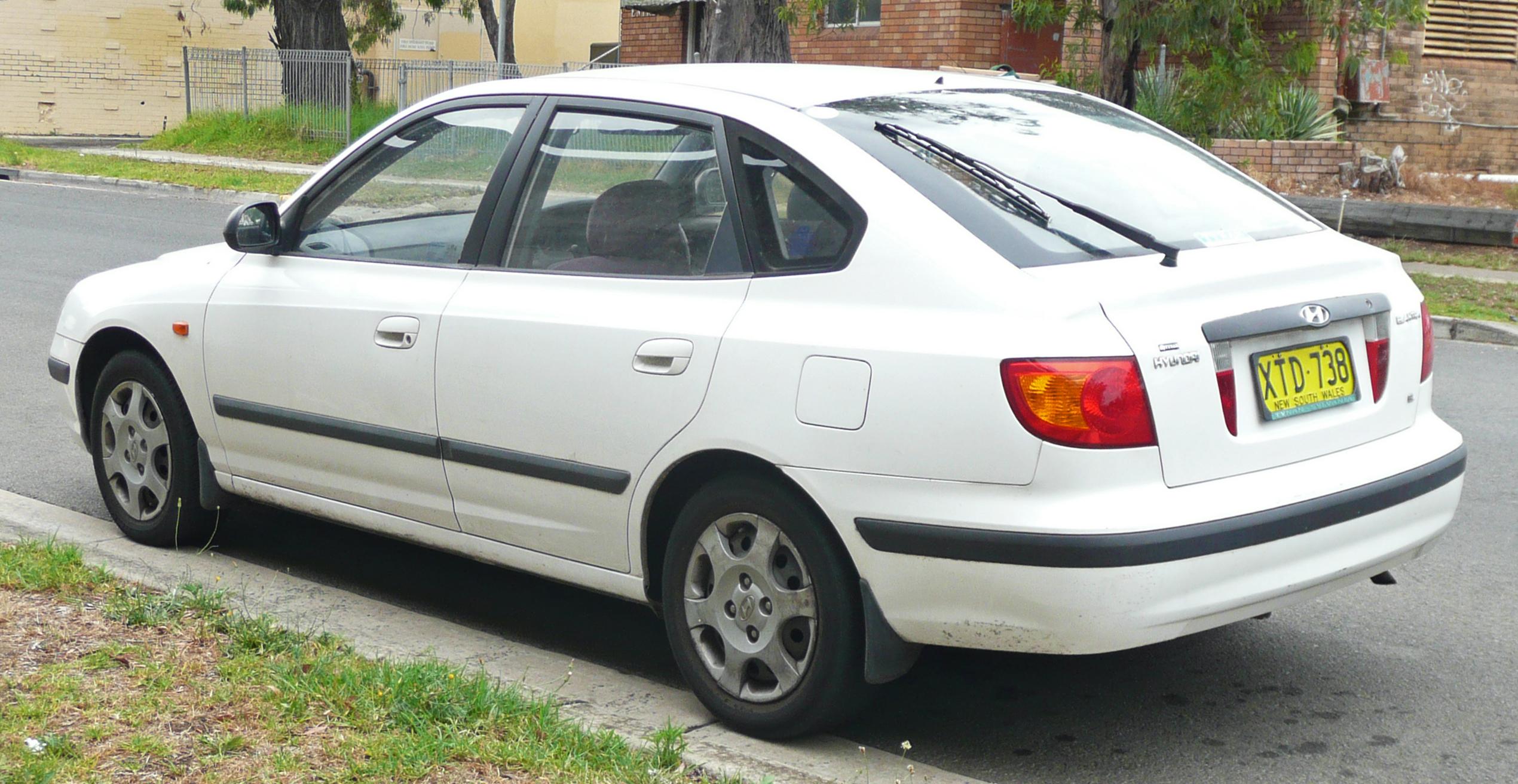 hyundai elantra iii xd 2000 2003 hatchback 5 door outstanding cars outstanding cars