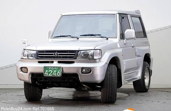 Hyundai Galloper 1991 - 2003 SUV 5 door #1
