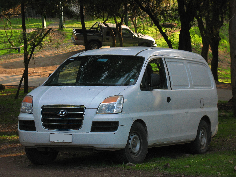 Hyundai H-1 I 1997 - 2004 Minivan #2