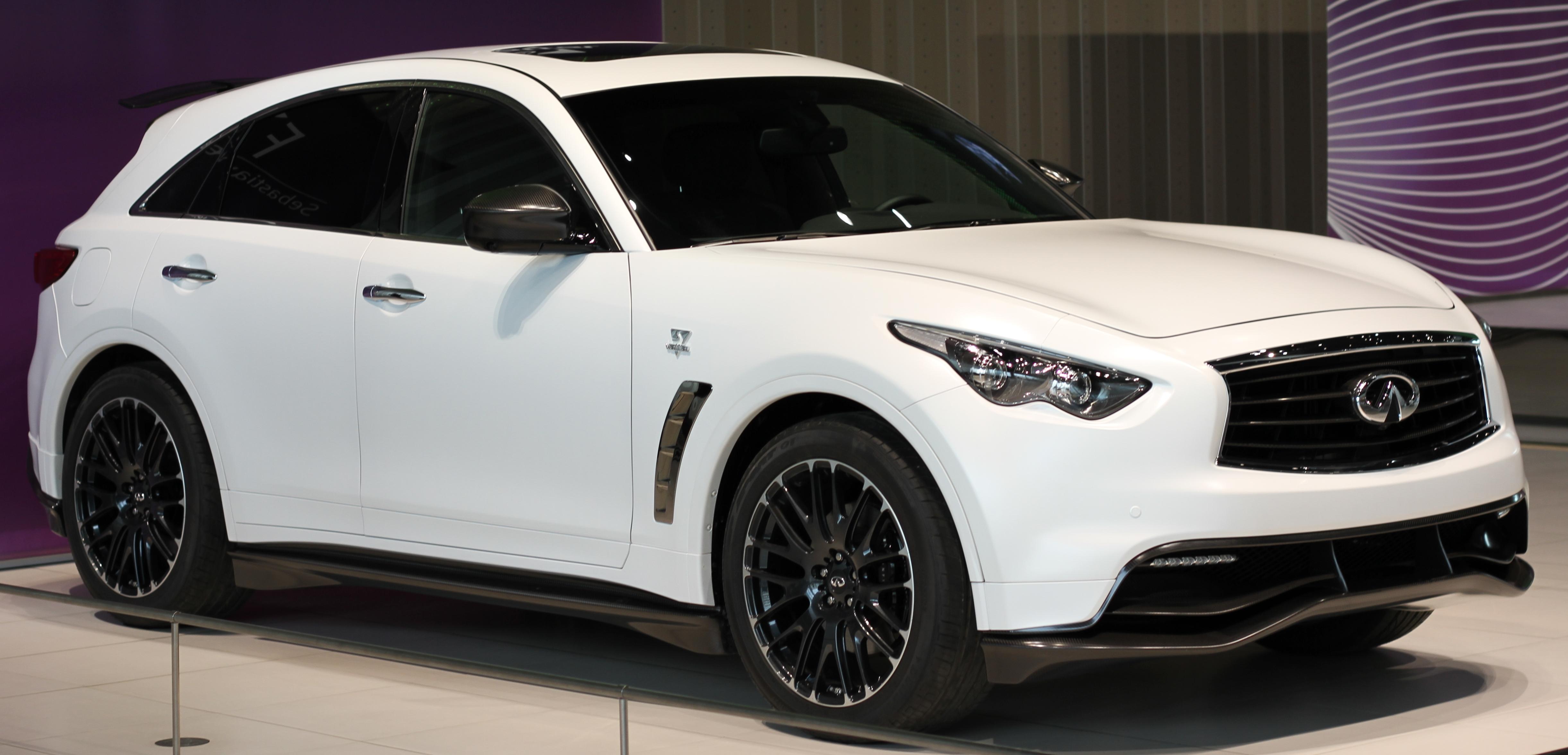 qatar vehicles infiniti title sale infinity living for