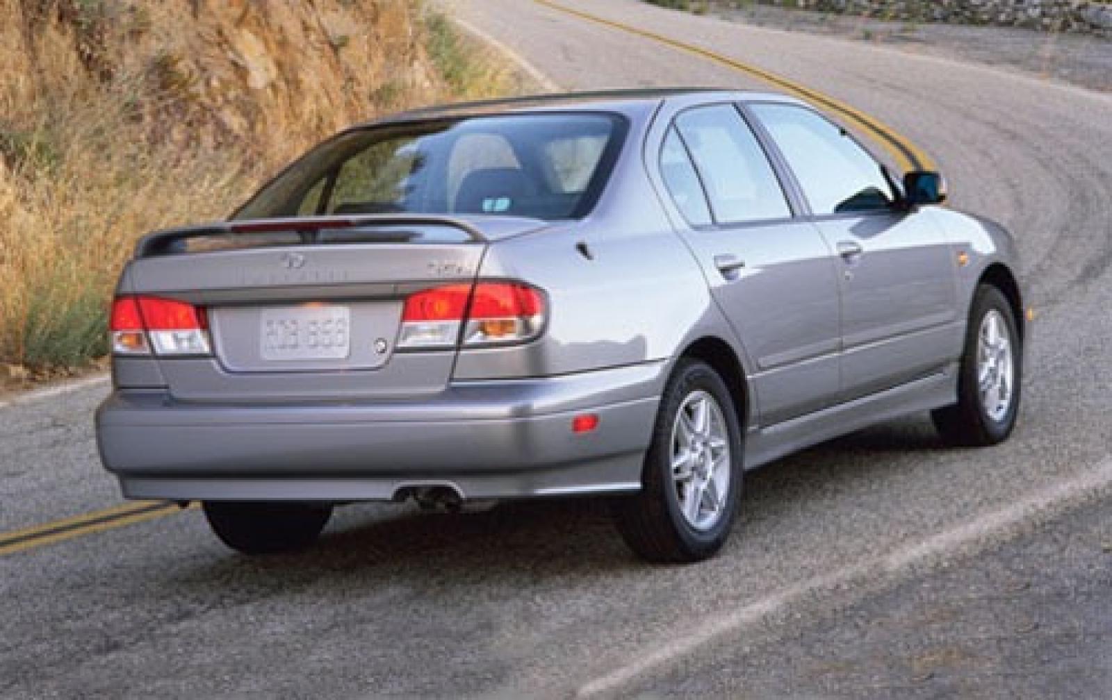 Infiniti I II 2000 - 2004 Sedan #1