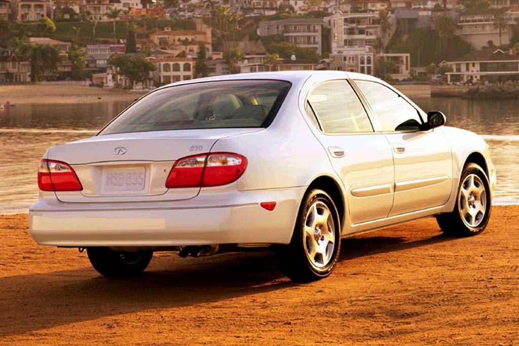 Infiniti I II 2000 - 2004 Sedan #6