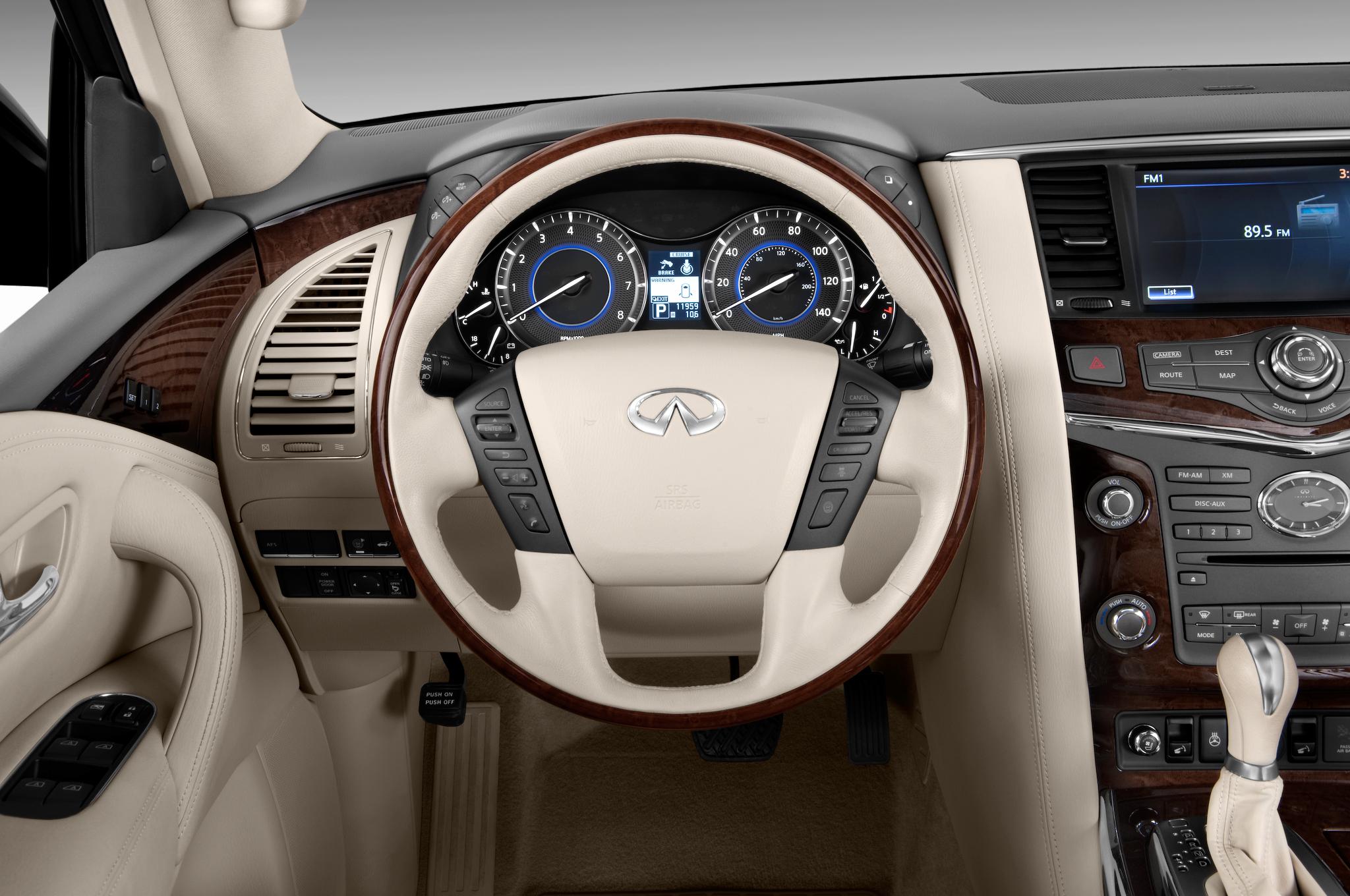 Infiniti QX56 II 2010 - 2014 SUV 5 door #4