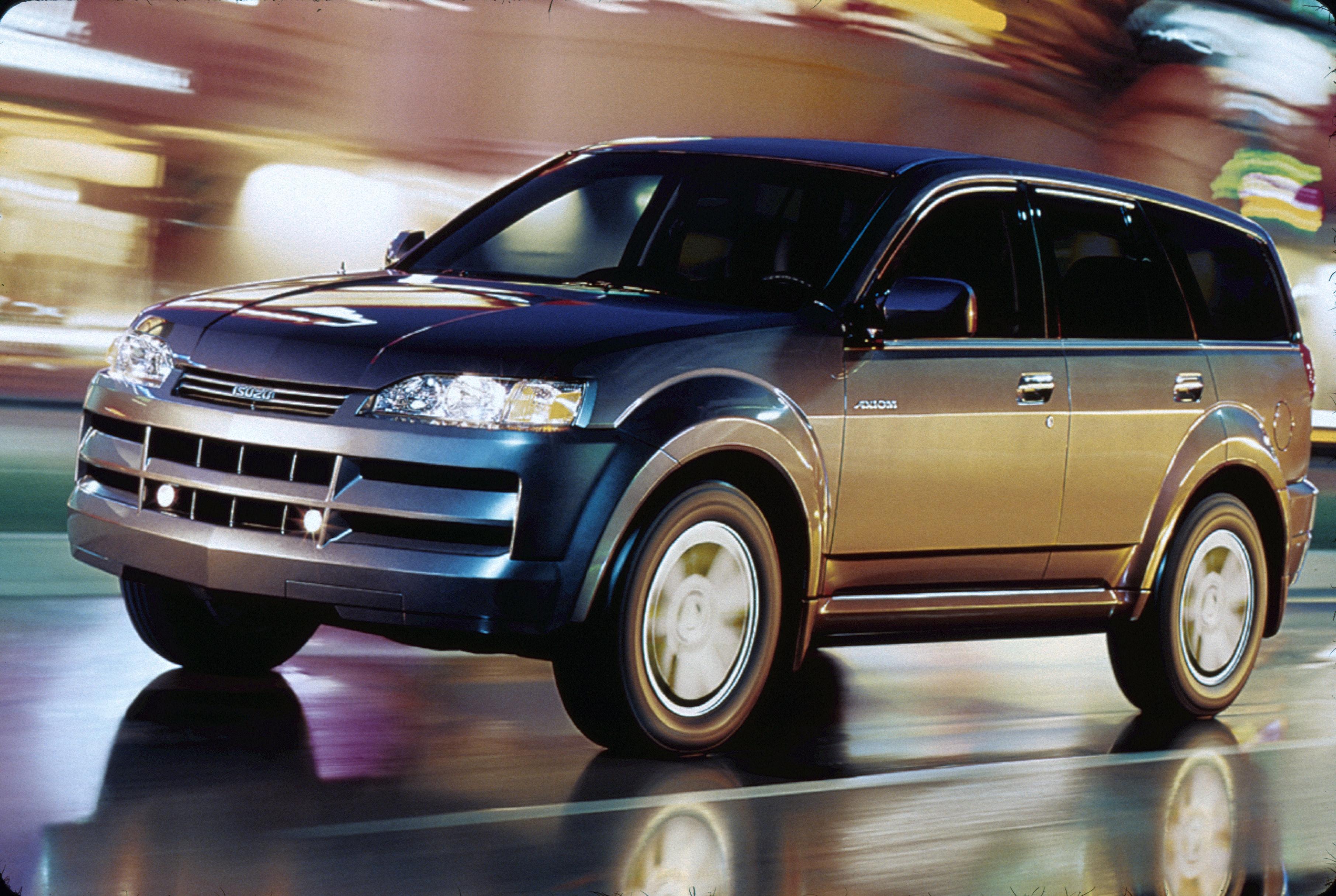 Isuzu Axiom 2001 - 2004 SUV 5 door #3