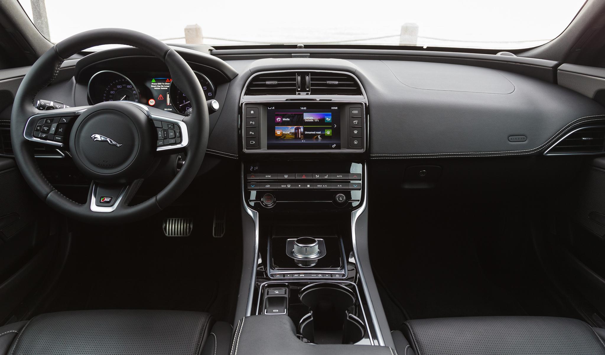 Jaguar XE 2015 - now Sedan #2